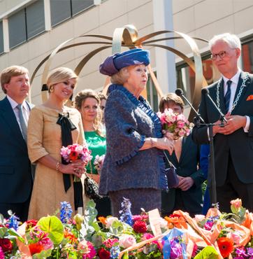 Bloemen en boeketten Koninginnedag Veenendaal 2012