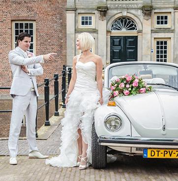 Bruidsbloemen autoversiering Veenendaal Jeroen en Miranda