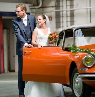 Bruidsbloemen autoversiering Veenendaal - Edwin en Wieteke