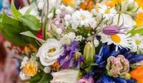Bruidsbloemen recensie van Anna Uittenbogaard