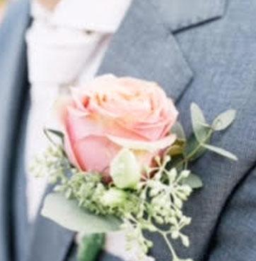 Bruidscorsage-Nathan-en-Lindsey-03