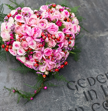 Rouwbloemen voor de uitvaart